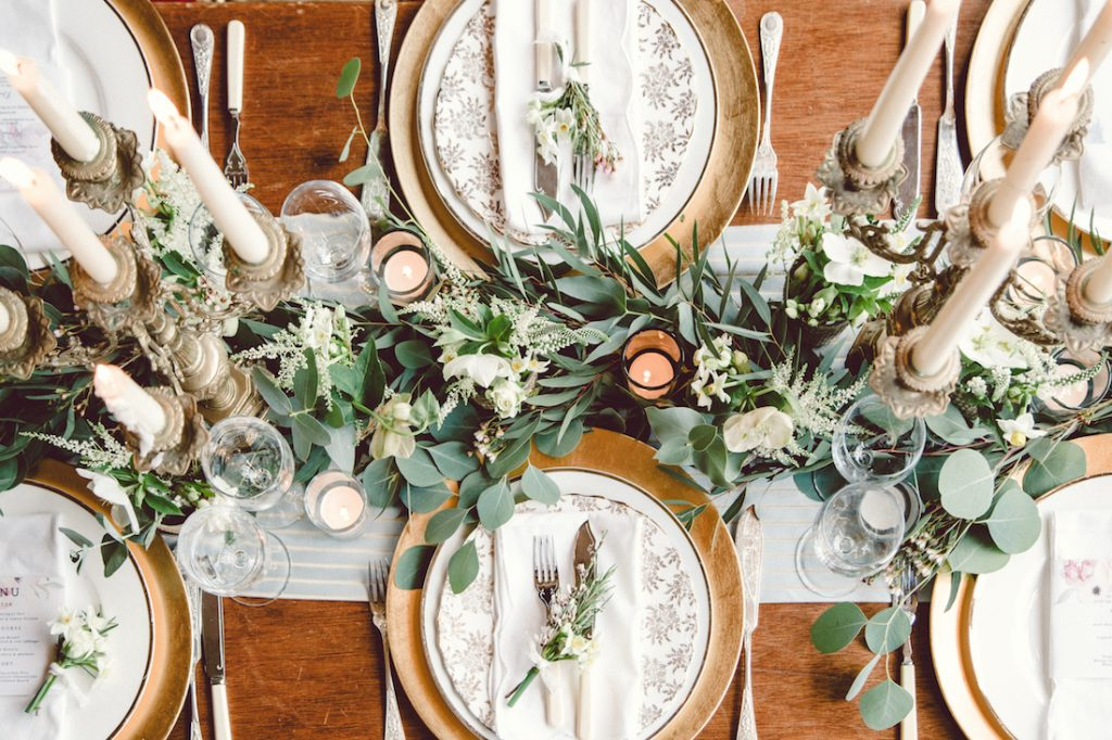 vintage-inspired wedding table settings
